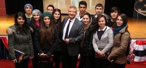 """Üniversite adaylarına """"Başarıya Doğru"""" semineri"""