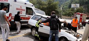 Otostopla bindikleri otomobil kaza yaptı eli koptu