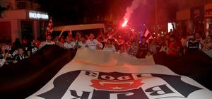 Beşiktaş'ın şampiyonluğu kutlanıyor