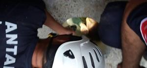 Elektrik direği için açılan deliğe düşen çocuk kurtarıldı