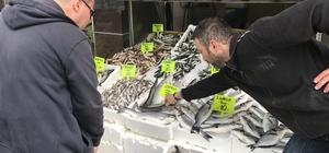 Ramazan geldi, balık fiyatları düştü