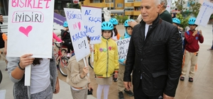Nilüfer'de öğrenciler okullarına bisikletle gidiyor