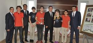 Gaziantep Kolej Vakfı münazarada Türkiye Şampiyonu