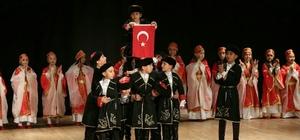 Odunpazarı Belediyesi Halk Dansları Topluluğundan yıl sonu gösterisi