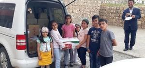 Batmanlı öğrencilerden Suriyeli sığınmacılara ramazan yardımı