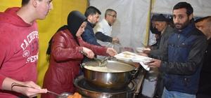 Dursunbey'de iftar çadırlarına yoğun ilgi
