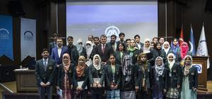 Pakistan'ın en başarılı öğrencileri AA'yı ziyaret etti