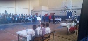 Çıldır'da ilkokullar arası bilgi yarışması