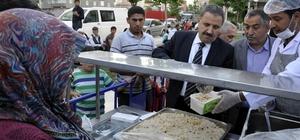Siirtliler Diyarbakır'da bin 500 kişilik iftar çadırı açtı