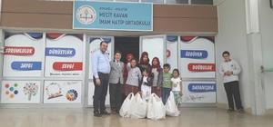 Gölcüklü öğrencilerden Suriyeli kardeşlerine yardım
