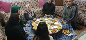 Şehit ailesine iftar konuğu oldular