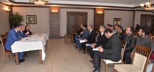Çavdarhisar'da okul aile birliği başkanlarıyla buluştu