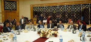 Başkan Çakır İftar programında muhtarlarla bir araya geldi