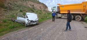 Günyüzü'nde trafik kazası, 2 yaralı