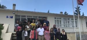 Üniversite öğrencilerine ilk yardım kursu