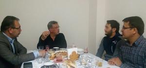 Başkan Çetin'den öğrenci evine sürpriz iftar ziyareti