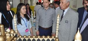 İbn-i Sina Meslek Lisesi tarafından TÜBİTAK 4006 Bilim Fuarı açıldı