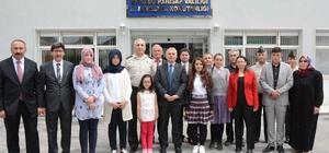 """Öğrencilere """"Jandarma'nın 178. Kuruluş Yıl Dönümü"""" ödülü"""