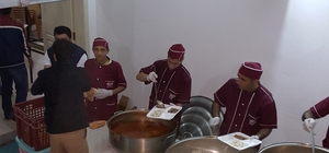Bulanıklı iş adamından 400 kişiye iftar yemeği