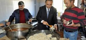 Gürün'de her gün 550 aileye iftar yemeği dağıtılıyor