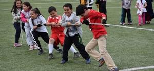 Reşadiye'de Geleneksel Çocuk Oyunları Şenliği yapıldı