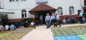 Ramazan ayının ilk cumasında camiler dolup taştı