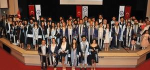 Koçarlı MYO öğrencilerinin mezuniyet coşkusu