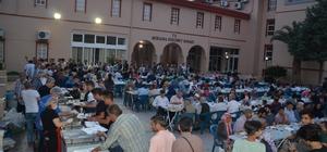 Bergama'lı iş adamından günde 300 kişiye iftar