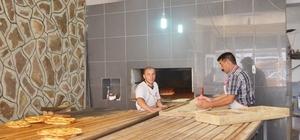 Bingöllü fırıncıların, 80 derece sıcakta oruç mesaisi