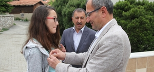 Başkan Ertürk'ten TEOG birincisine ödül
