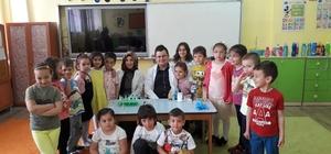 Anaokulu öğrencileri için bilim ve sanat etkinliği
