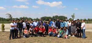 Biga'da Çevre Günü'nde 54 fidan diktiler