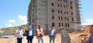 Başkan Acar, TOKİ konutlarında incelemelerde bulundu