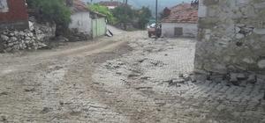 Yağıştan zarar gören mahalleler incelendi