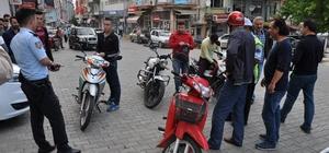 Simav'da plakasız motosikletler toplatılıyor