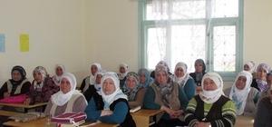 Kadın Çiftçi Eğitimleri devam ediyor