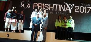 Kosova'dan Darıca'ya madalyayla döndüler