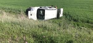 Horasan'da kamyonet devrildi: 1 yaralı