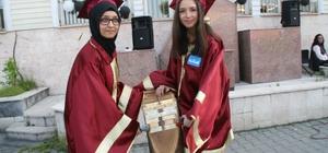 Devrek METEM'li öğrencilerden mezuniyet sevinci