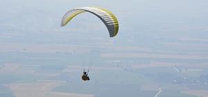 Kırıkhan'da yamaç paraşütü eğitim uçuşları başladı