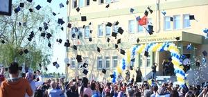Liselilerin mezuniyet coşkusu