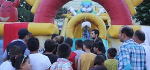Çocuklar oyun parkı ile doyasıya eğlendi