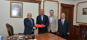 Kızılaykart yetkilileri Vali Şentürk'ü ziyaret etti