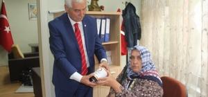 Türk Kızılayı Giresun'da 860 aileye Ramazan yardımı yaptı