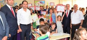 Lapseki'de 3 bin 45 öğrenci karne aldı