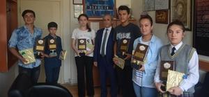 Selendi'de TEOG şampiyonları ödüllendirildi