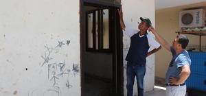 Hırsızlar, muhtarlığın çelik kapısını çaldı