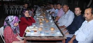 Erzin'de, yetimlere iftar yemeği verildi