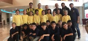 Fenerbahçespor Kulübünden miniklere karne hediyesi