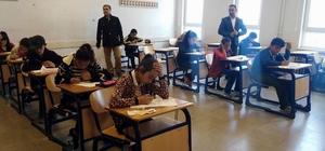 Kangal'da 500 öğrenci bursluluk sınavına girdi